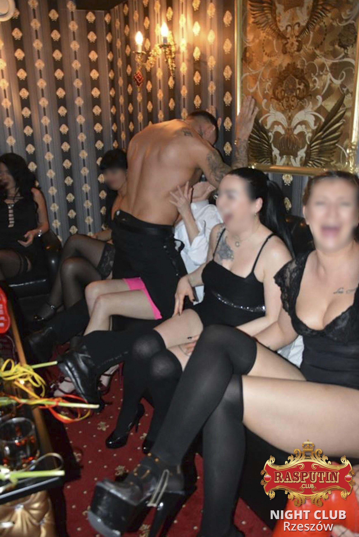 erotyczne show rzeszow