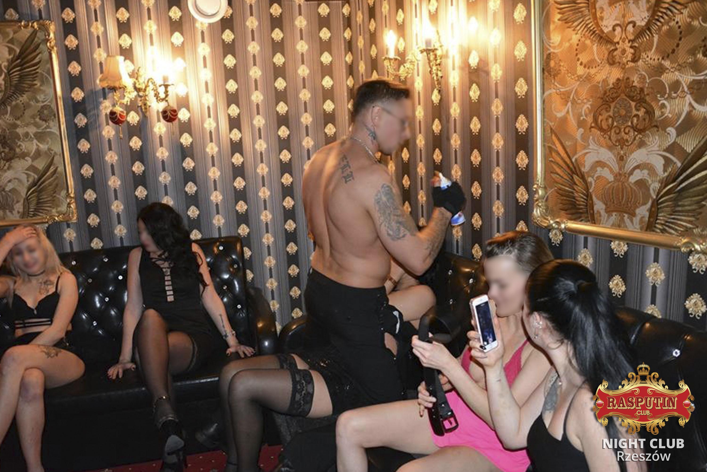striptiz w klubie nocnym Polska