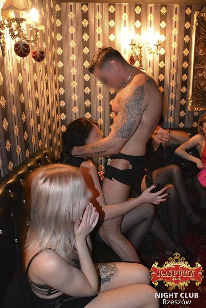strip-tease-bar-Poland